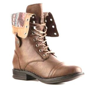 ✨ 2 for 40 ✨ Brown Combat Boots